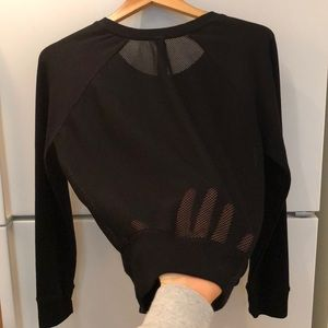 YOGALICIOUS Large black mesh back sweater shirt